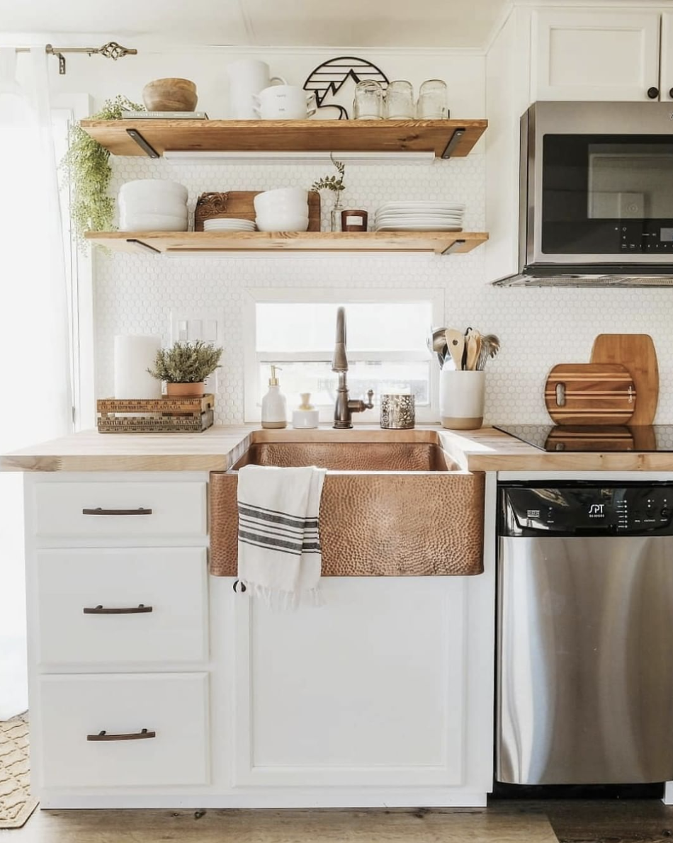 Adding copper to any kitchen immediately makes it a