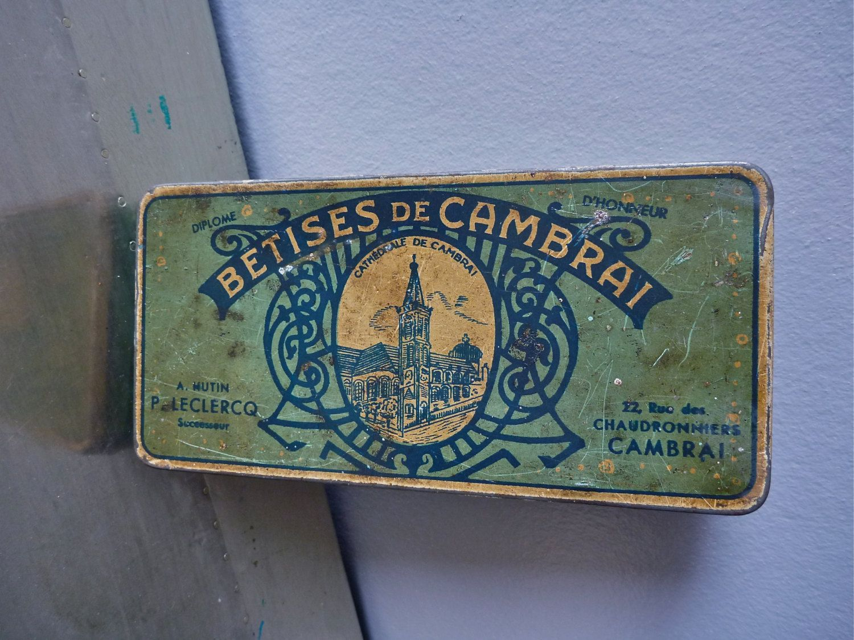 Very rare french vintage tin box art deco chromo lithography on