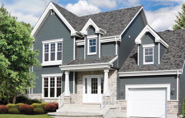 The 25 Best Ideas About Blue Vinyl House Exterior Blue House Siding Siding Colors