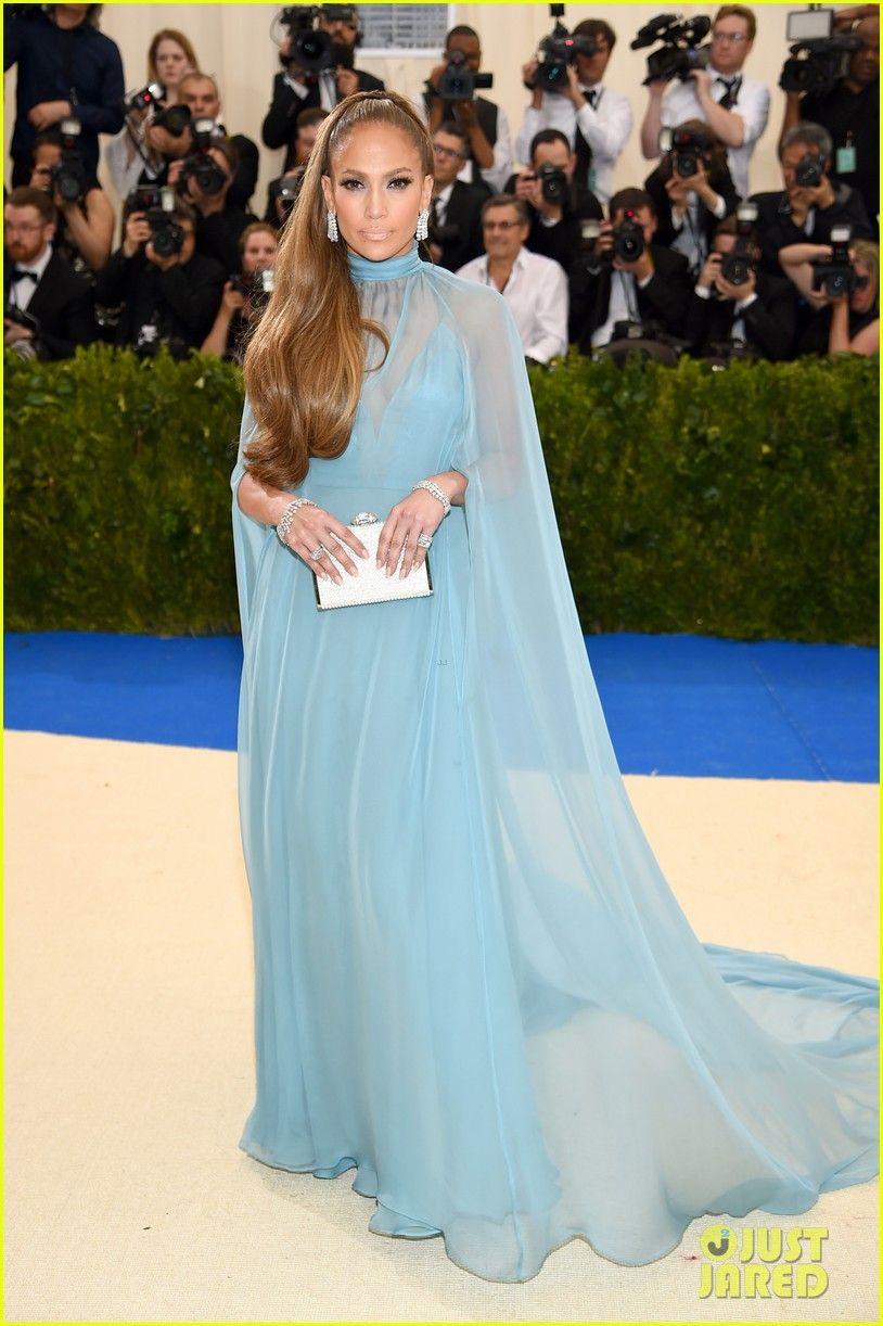 Jennifer Lopez & Alex Rodriguez Make Red Carpet Debut at Met Gala ...