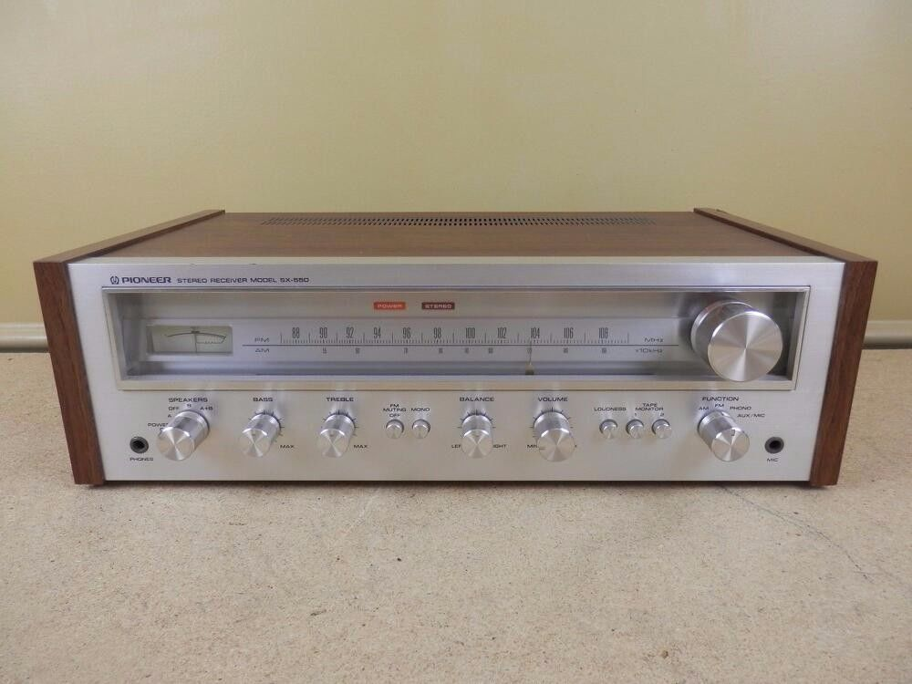 Vintage Pioneer SX 550 AM FM Tuner Stereo Receiver Amplifier Phono Amp