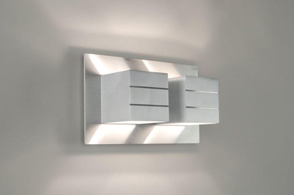Design Wandlamp Slaapkamer : Een mooie strakke vol aluminium design wandlamp u nederland