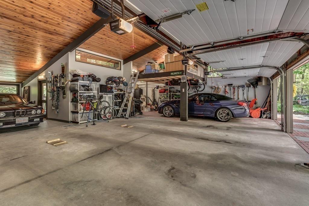 Photos From Beautifully Designed Contemporary Garage Design Car Garage Modern Garage