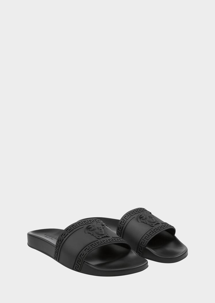 4ce7f23e6ff Versace Palazzo Medusa beach sandal for Men