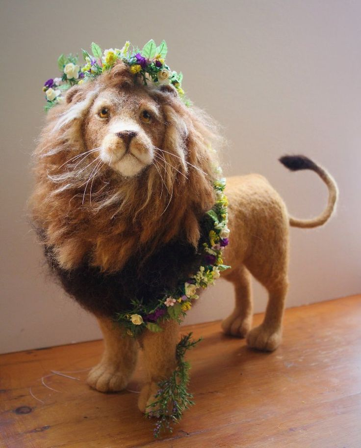 Aslan by Okie Folky Fiber Arts #needlefeltedanimals