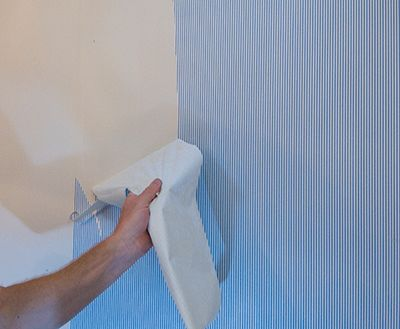 Skim Coating A Wall To Prep For Painting Extreme How To Removable Wallpaper Vinyl Wallpaper Wall Design