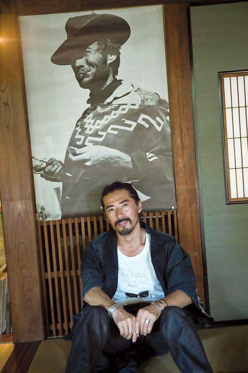 Hiroki Nakamura's homes in The New York Times.