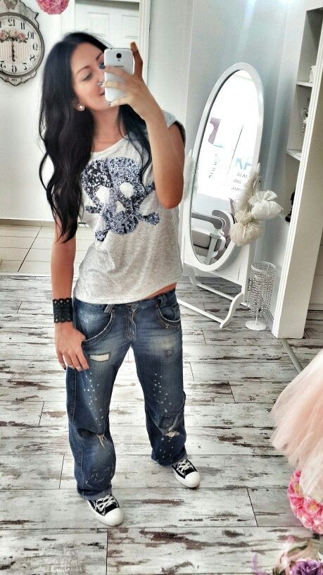 #style #pinstyle #stil #stilinolsun #jean #denim #leather #tommyhilfiger #skull #converse #boyfriend #boyfriendjean