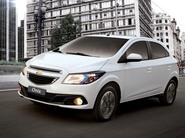 Onix Supera Palio Em Agosto E Lidera Vendas No Brasil Pela 1ª Vez Chevrolet Car Photos Cars