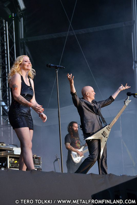Anneke van Giersbergen of Devin Townsend Project at Tuska 2011