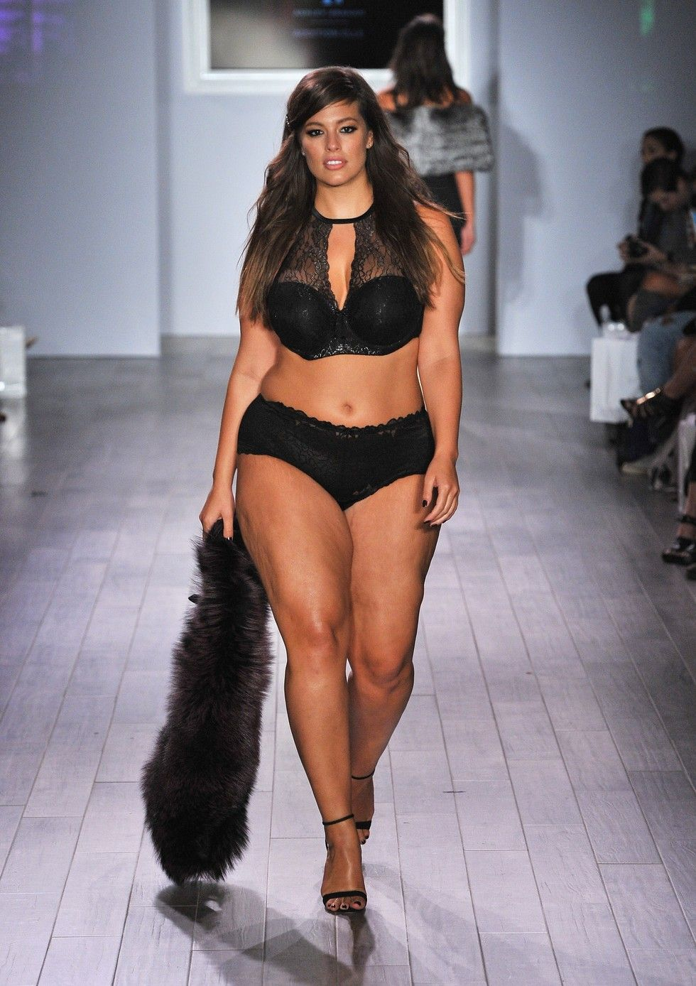 Plus-Size Supermodel Ashley Graham Shows Her Lingerie Line On The ...