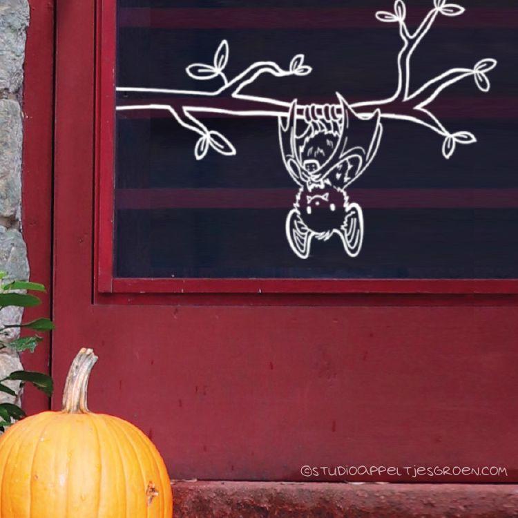 Deze lieve vleermuisje #raamtekening staat geweldig op je raam met Halloween, maar eerlijk gezegd, de rest van het jaar ook! #fensterdekoherbst