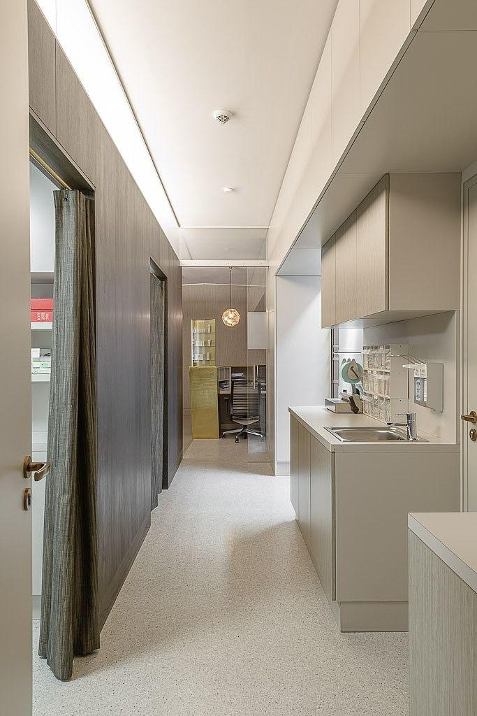 Western dermatology by karhard architektur design interior pinterest westerns clinic and for Dermatology clinic interior design