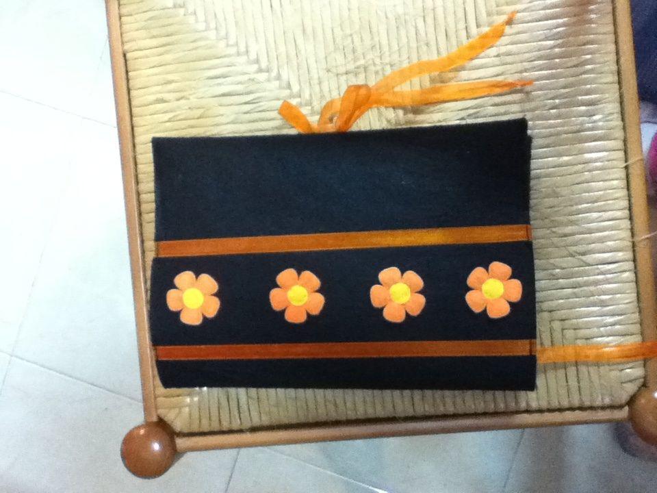Capa livro flores laranja