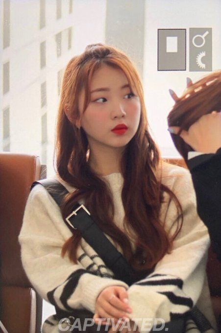 thinking about yeojin on Twitter