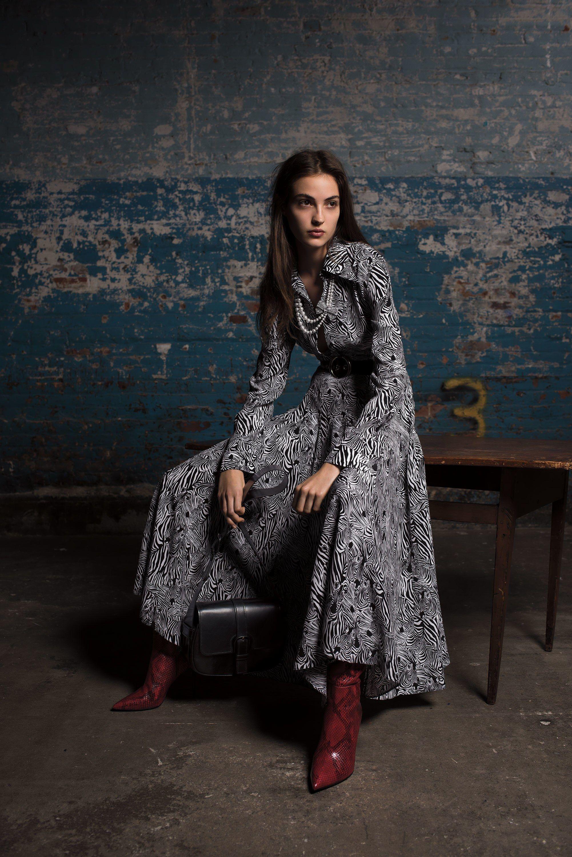1e45d0f16ed57 Michael Kors Collection Pre-Fall 2018 Fashion Show | Fashion and ...