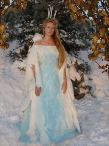 White Witchu0027s costume  sc 1 st  Pinterest & White Witchu0027s costume | halloween costume | Pinterest | Snow queen ...