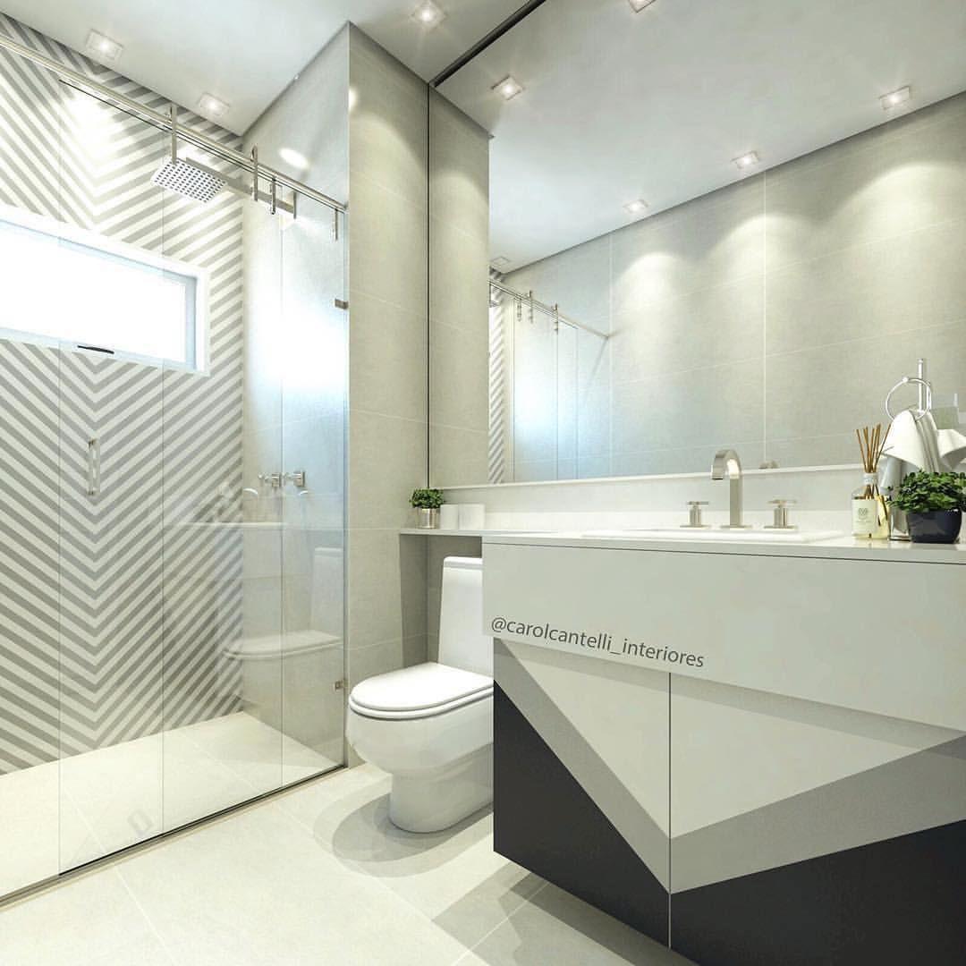 Baños, azulejo decorativo, espejo grande, iluminación ...