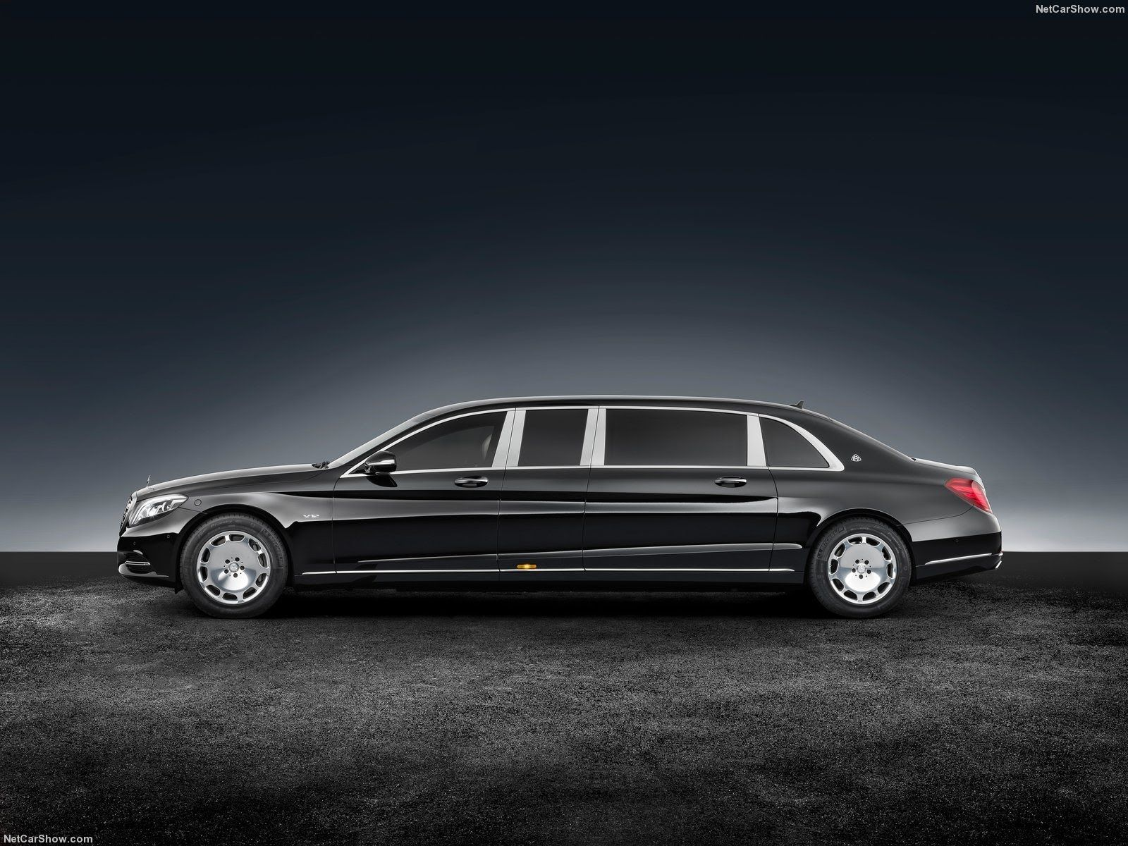 2018 Mercedes Benz S600 Pullman Maybach Guard Integrated