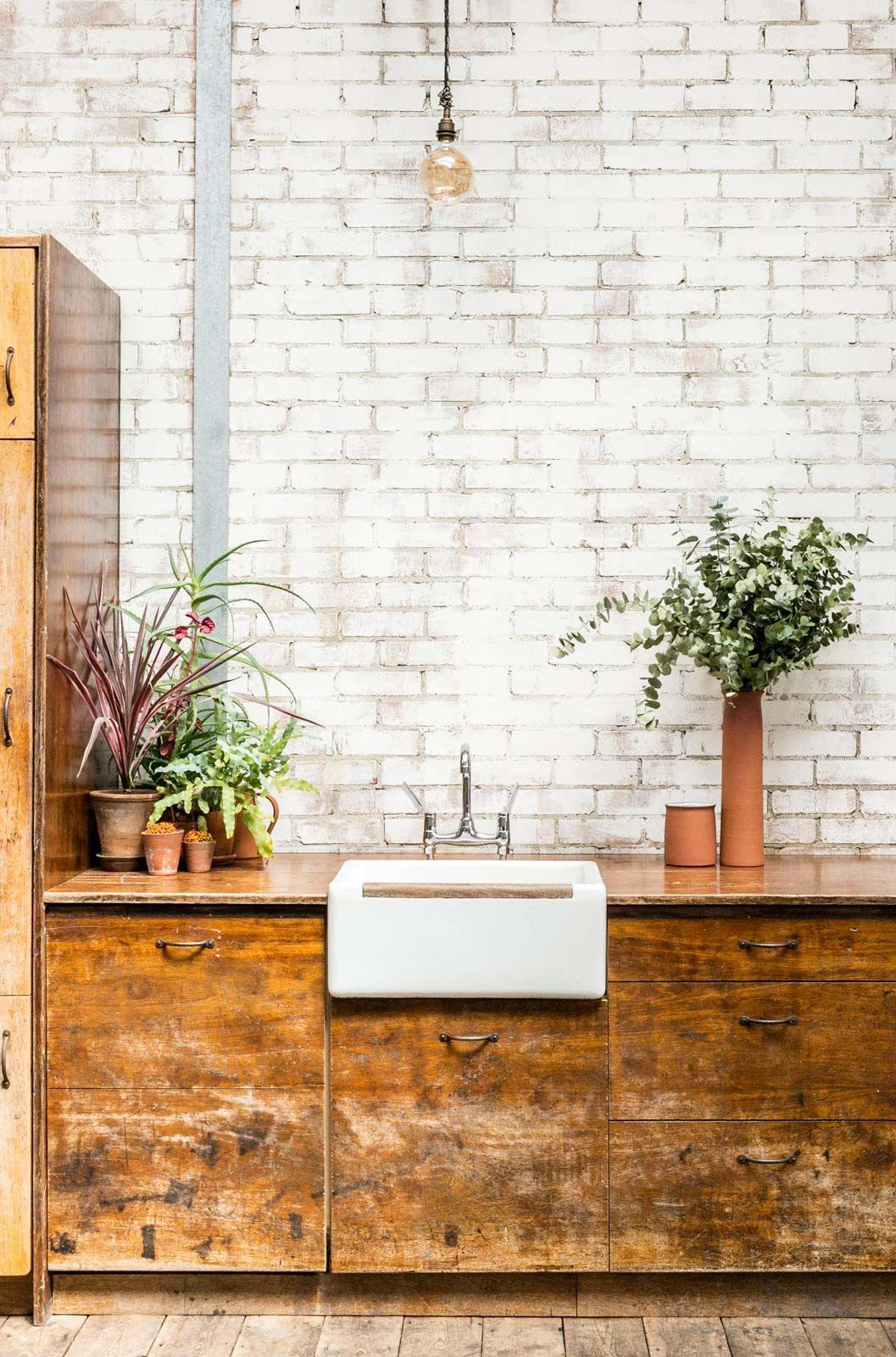 Casser Une Cloison En Brique loft industriel avec murs en briques blanches | mur brique