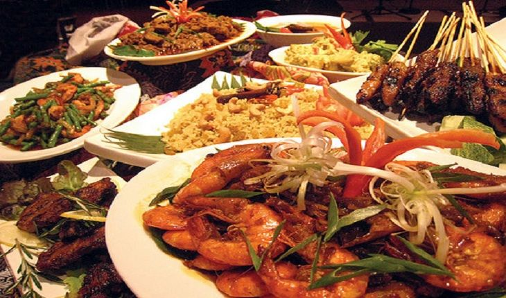 Awqaf Prepares 15 Main Iftar Locations Happenings Food Iftar