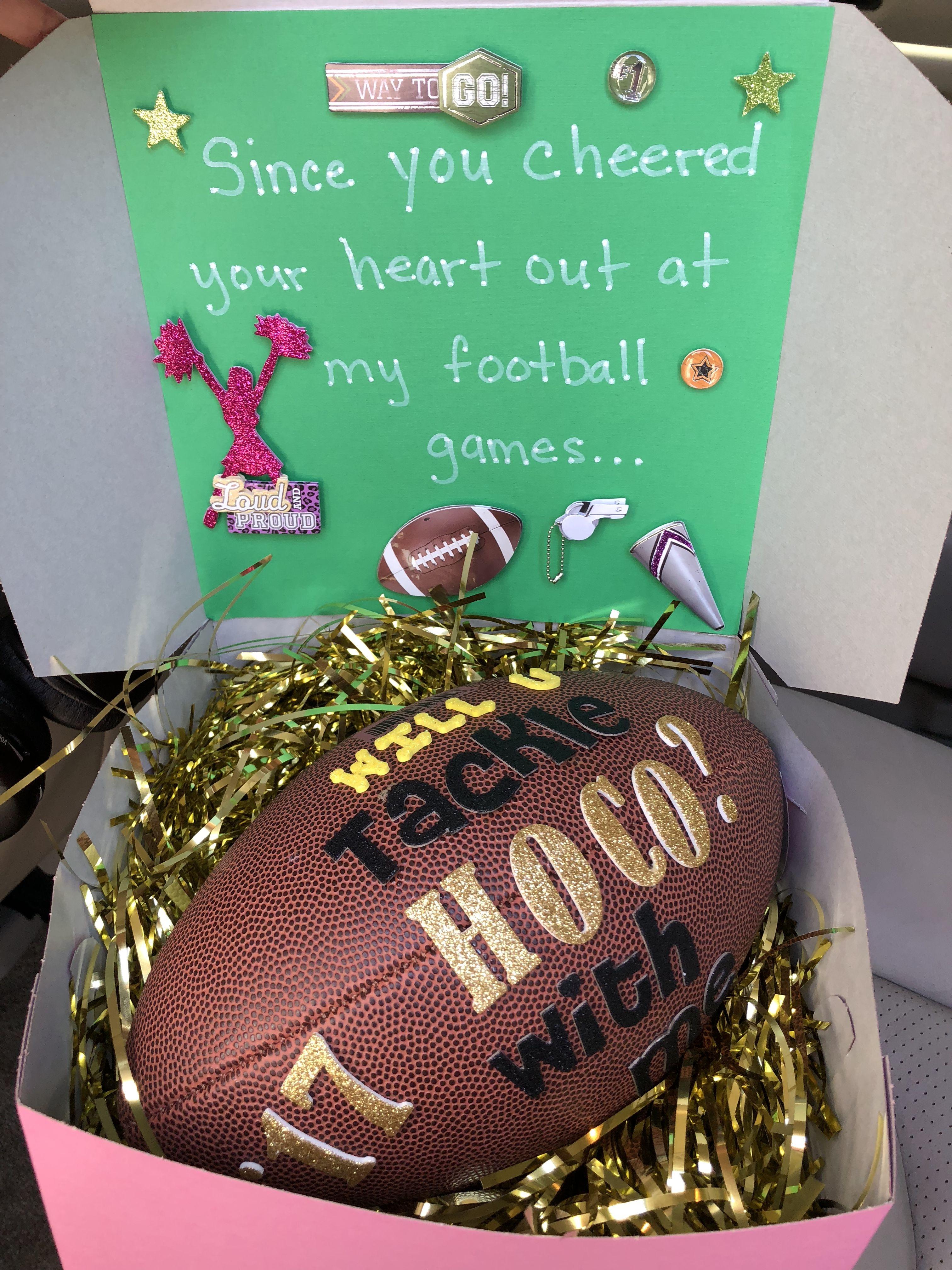 Homecoming Proposal - Football player & cheerleader #hocoproposals
