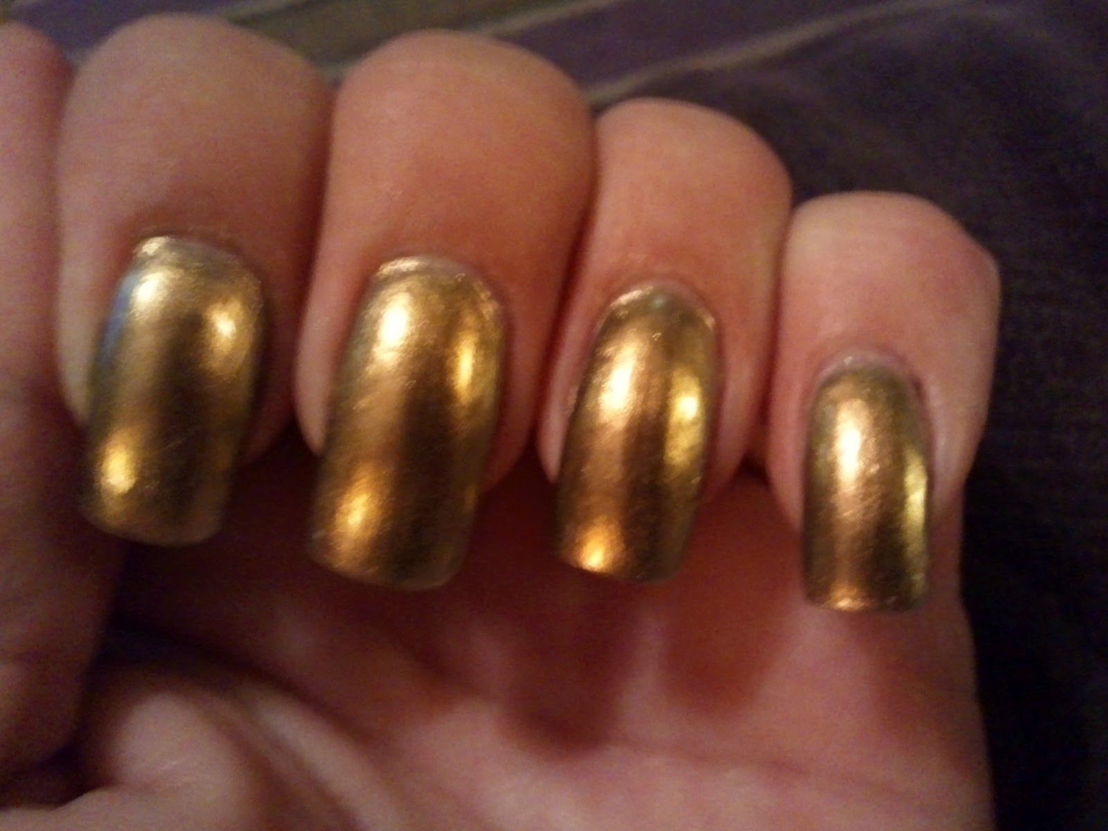 Glittery Fingers & Sparkling Toes: Review: Plume, Sally Hansen ...