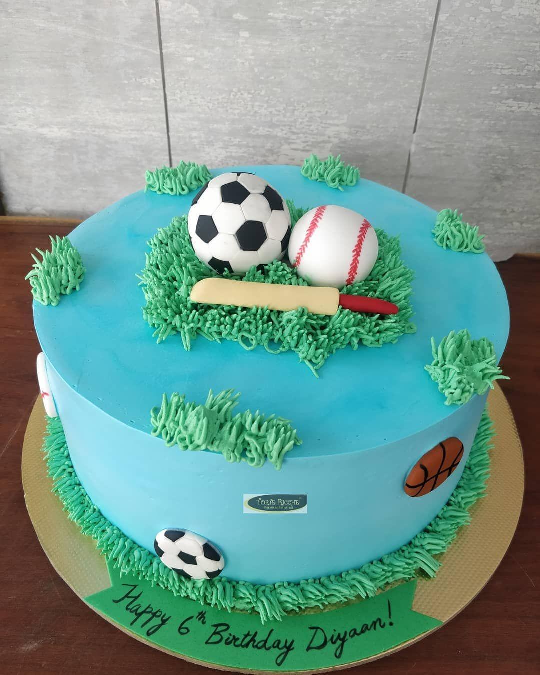 Chocolate cake.. Sports themed cake for Diyaan's  6th birthday.. #instafood #instacakes #foodporn #premiumcake #customisedcakes  #tortericche #foodstagram #foodgasm #trelltalebangalore #positivevibes #cheflife #whippedcreamc