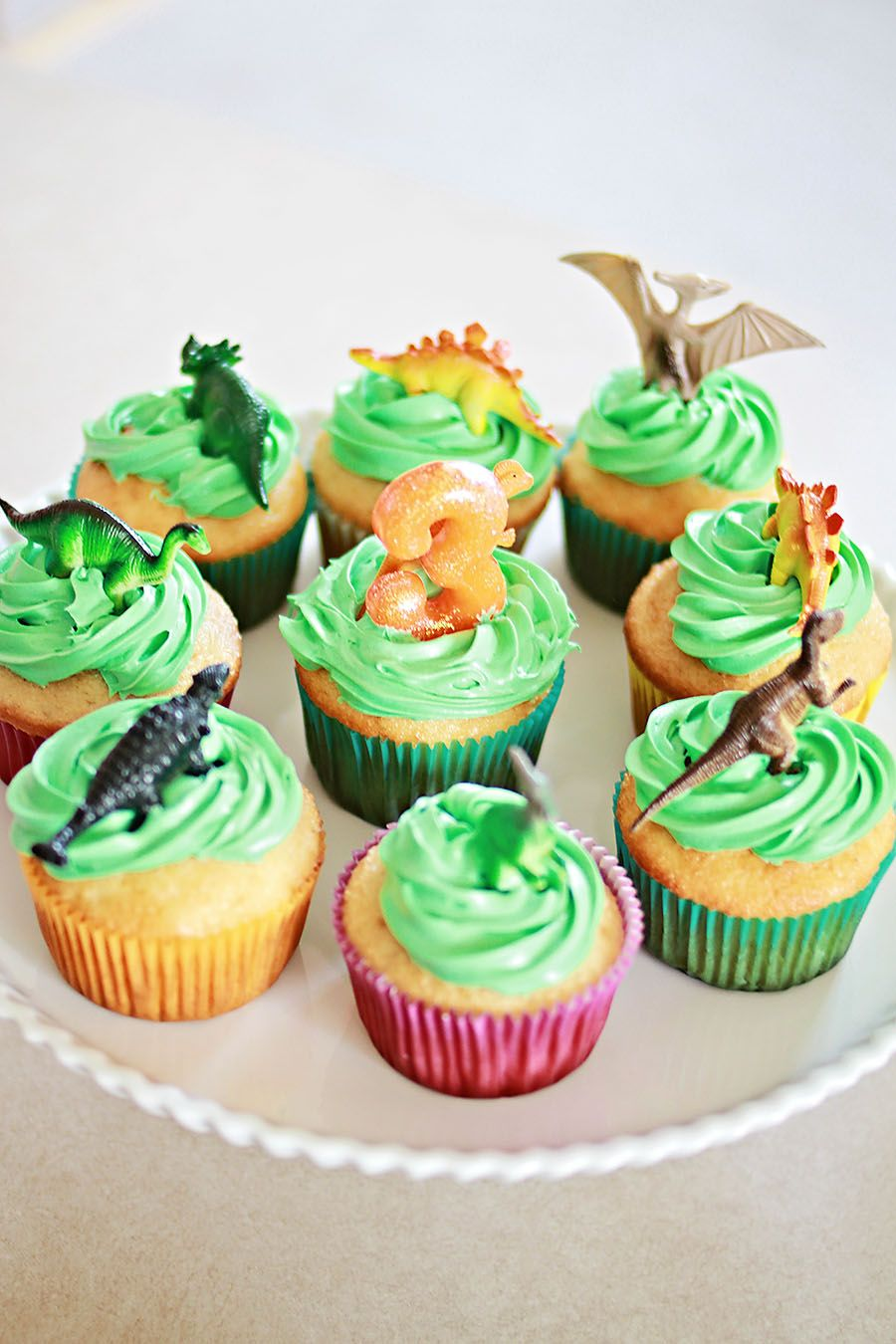 Dinosaur Cup Cakes Bobo is turning the big 6 Pinterest Cup