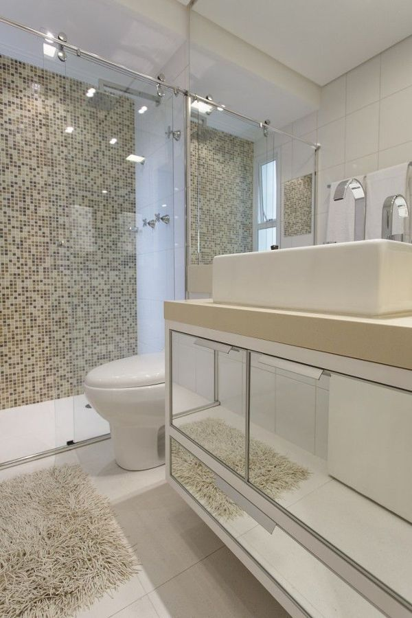 Banheiro com porcelanato e pastilhas  WC  Pinterest  Shower bathroom, Swee -> Banheiro Cim Pastilha