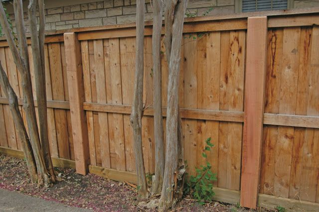 Building A Wood Fence With Metal Posts With Images Wood Fence