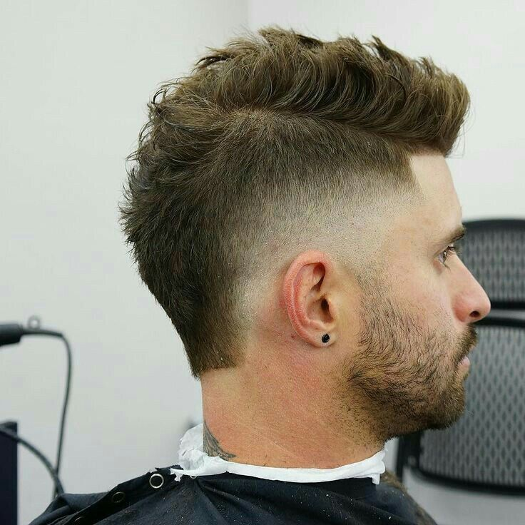 17 Messy Hairstyles For Men Super Cool Styles For 2020 Mullet Haircut Messy Hairstyles Mens Hairstyles Short