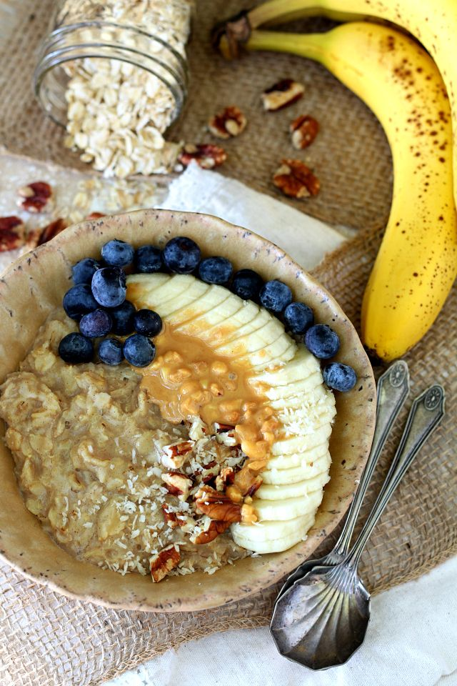 Rise and shine for the irresistibly delicious Best Banana Bread Oatmeal you've…