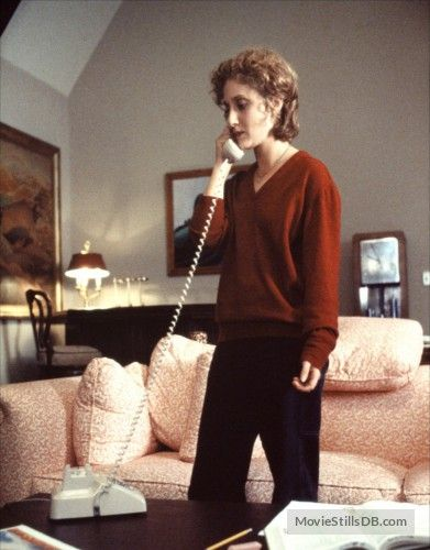When A Stranger Calls Publicity Still Of Carol Kane When A Stranger Calls Stranger Scary Movies
