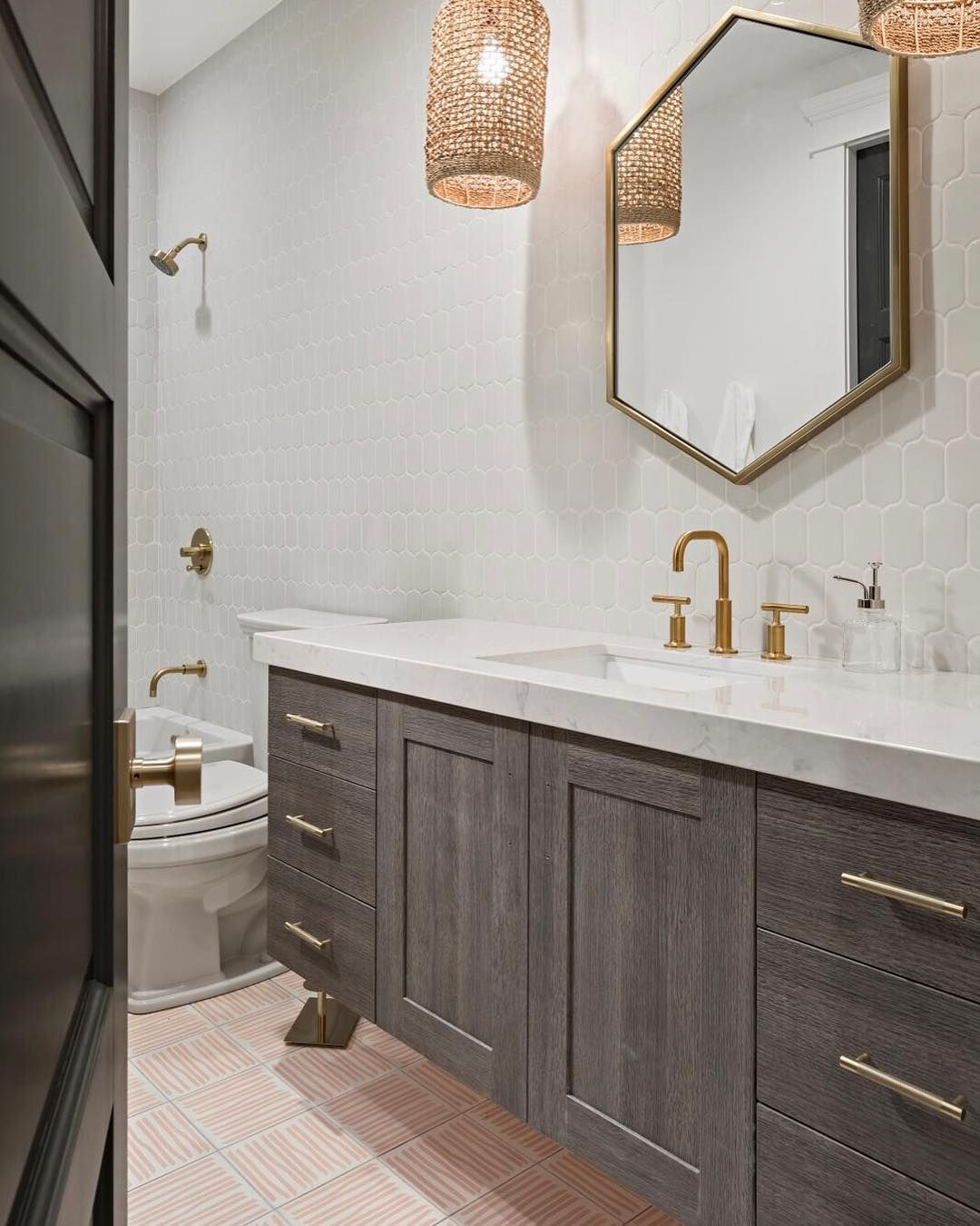 This Bathroom Is One Of Our Favorite Designs Our Grey Frameless Floating Vanity Adds To The Mode Beautiful Bathroom Vanity Floating Vanity Beautiful Bathrooms [ 1350 x 1080 Pixel ]
