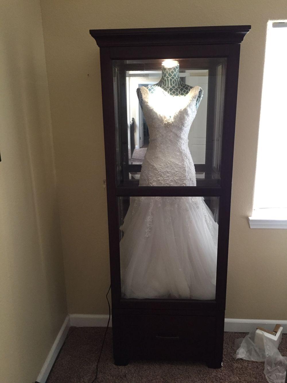 Wedding Dress Glass Display Case: Wedding Dress Display Case At Reisefeber.org