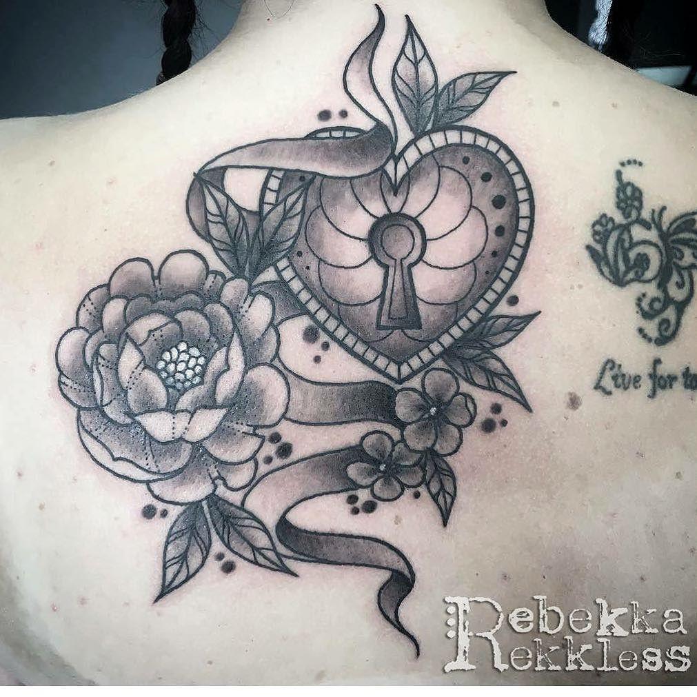 10d6f3c8072ec Upper back piece. Tattooed by @rebekkarekkless at Divine Art Tattoo Studio.  Poole 01202 743983 #tattoos #tattoo #flowertattoo #tattoostudio #linework  ...