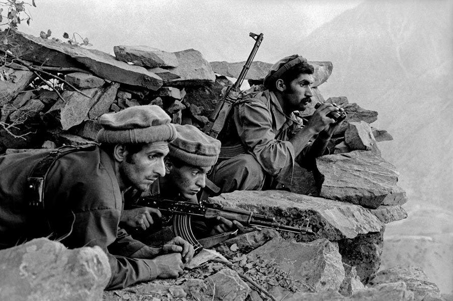 Hasil gambar untuk afghanistan soviet invasion