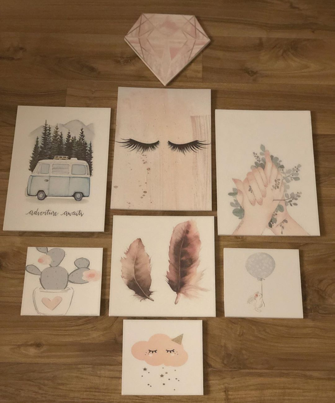 لوحات فلين On Instagram لوحات اكسبلور مشاهير فنانين فن ابداع لوحات فلين لوحات جدارية Flower Background Wallpaper Emoji Wallpaper Iphone Wallpaper