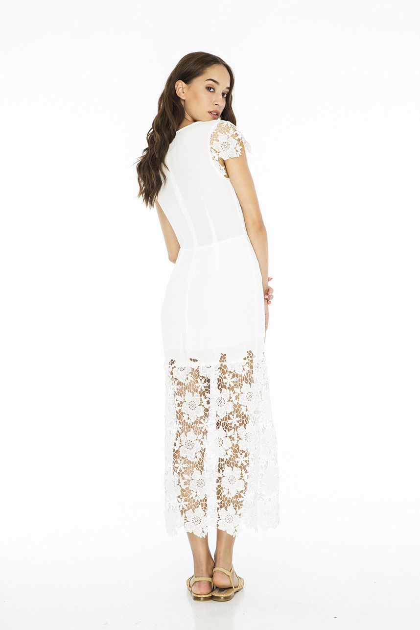 PMI058 Antheia Maxi Dress.PALMA AUSTRALIA is a fashion label which was founded in Bali by Natalie Alexander. PALMA brings attitude, elegance, fun and a feminine touch to your style!