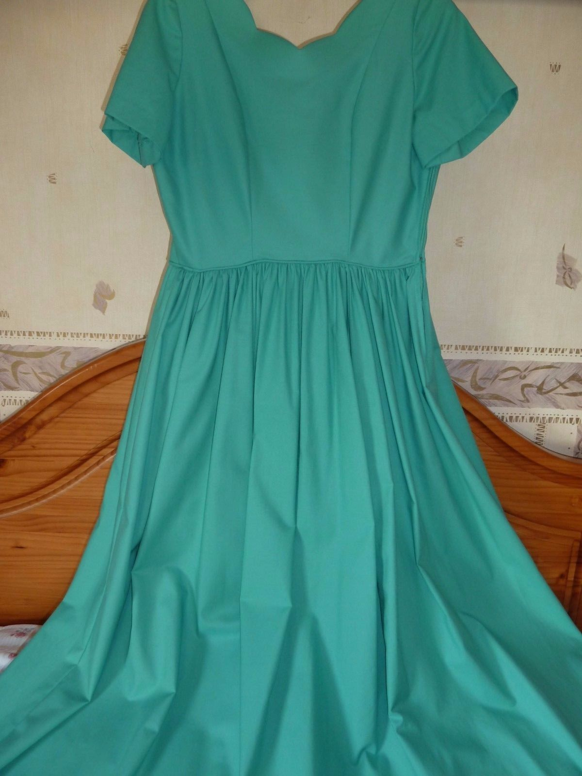 fc673088338  Vintage laura ashley jade  green tea party  dress