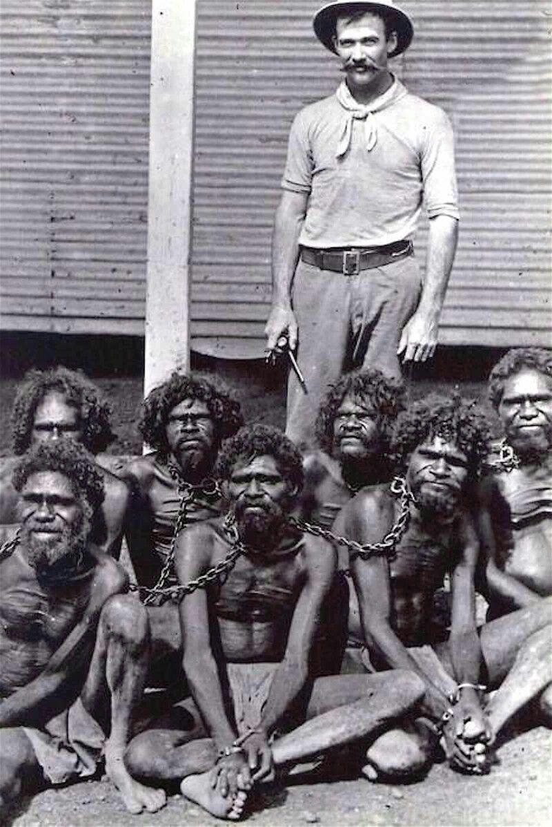 Británico y aborígenes esclavizados.  1910