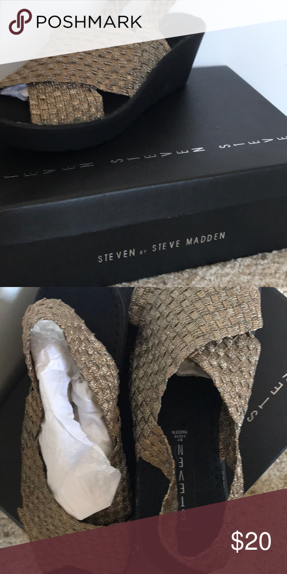 775b0252988 👗SALE👗 BNWT STEVEN BY STEVE MADDEN WEDGES NEW Bronze BATINA STEVE MADDEN  Sling back Wedges Sz. 8.5 Steven By Steve Madden Shoes Wedges