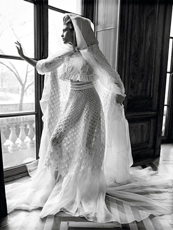 Carolyn kennedy bessette wedding dress  VOGUE PARIS Kiss the Bride by Inez u Vinoodh  Vogue paris Kiss