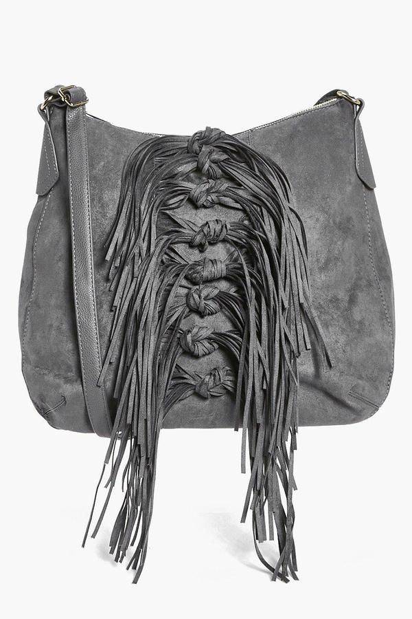 boohoo Mia Tassel Shoulder Day Bag  f3f6b96af6031