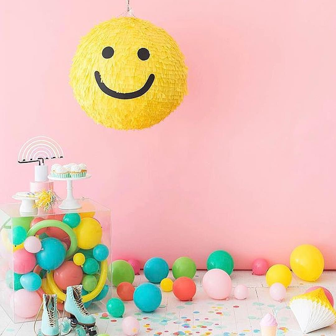 #Repost @ohhappyday  Happy Saturday! Smiley face pinata DIY on ohhappyday.com