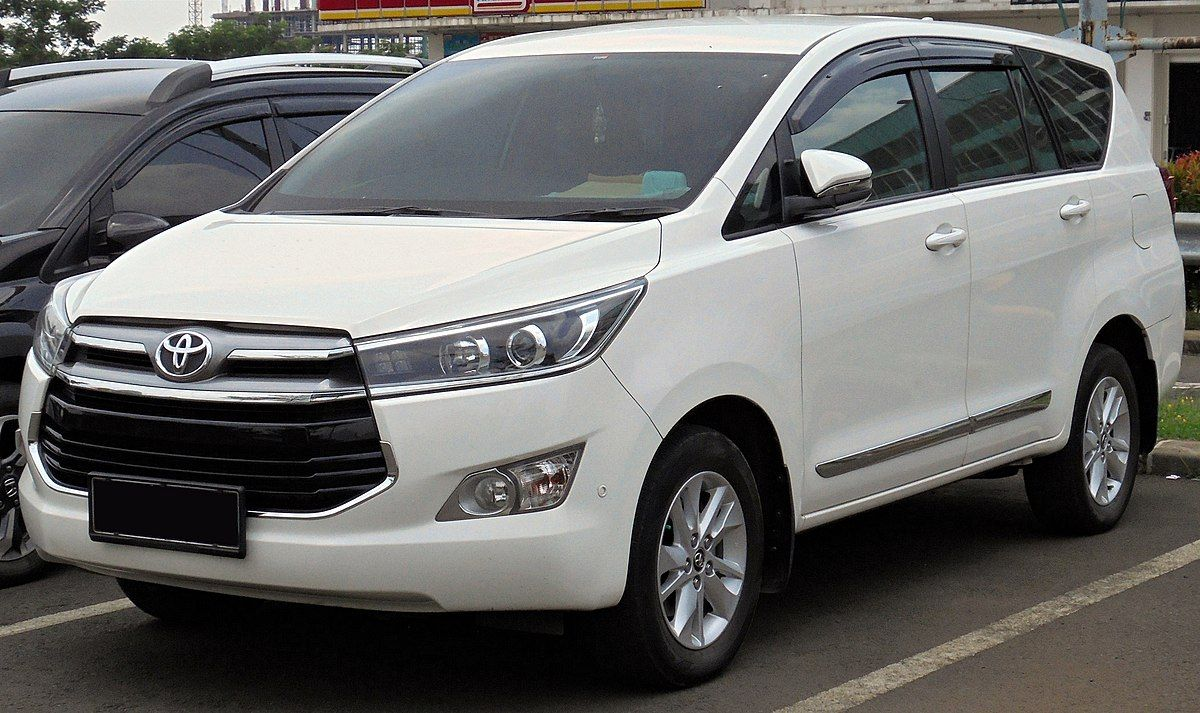 Toyota Innova Crysta 2020 Model Review And Release Date In 2020 Toyota Innova Toyota Toyota Cars