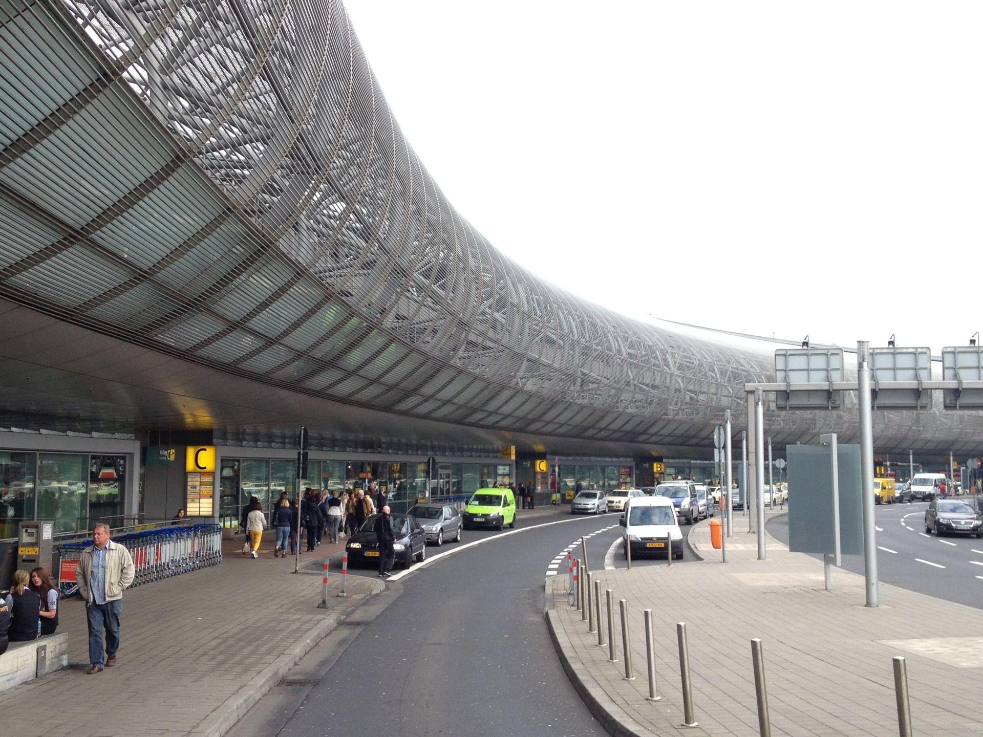 Düsseldorf Airport (DUS) in Düsseldorf, Nordrhein