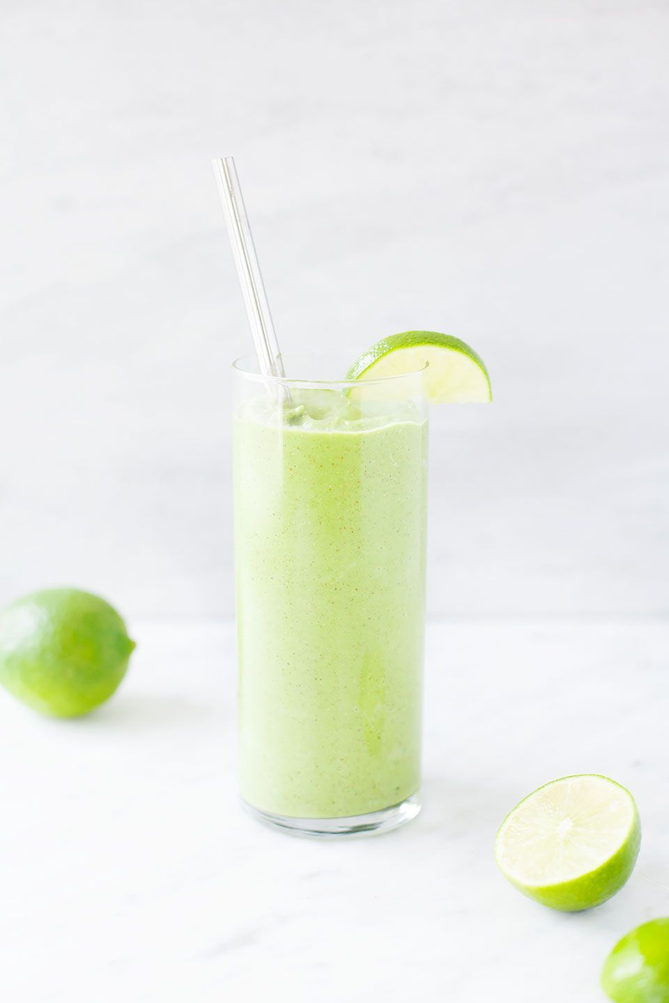 Lime Ginger Smoothie. Ginger Smoothie. | Made extra creamy with frozen cauliflower (don't worry, you can't taste it!). Vegan, dairy-free, and paleo. | Loveleaf Co.