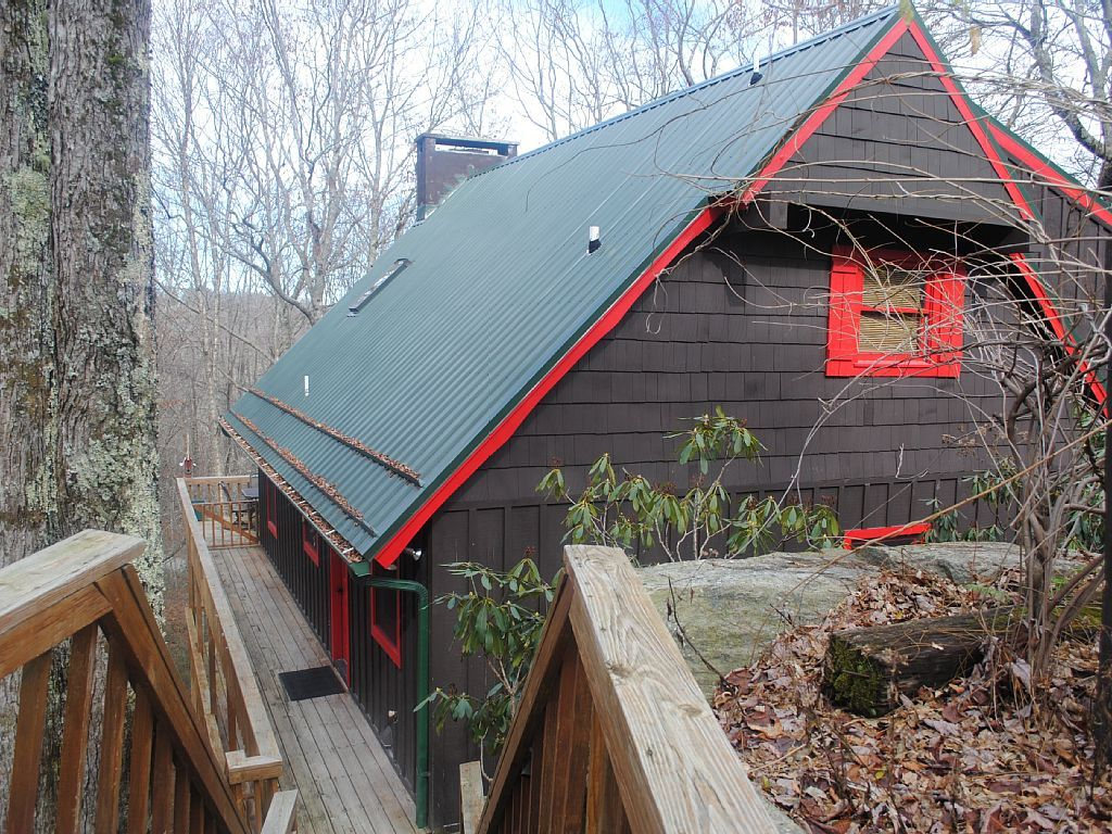 Chalet vacation rental in Beech Mountain, NC, USA from VRBO.com! #vacation #rental #travel #vrbo